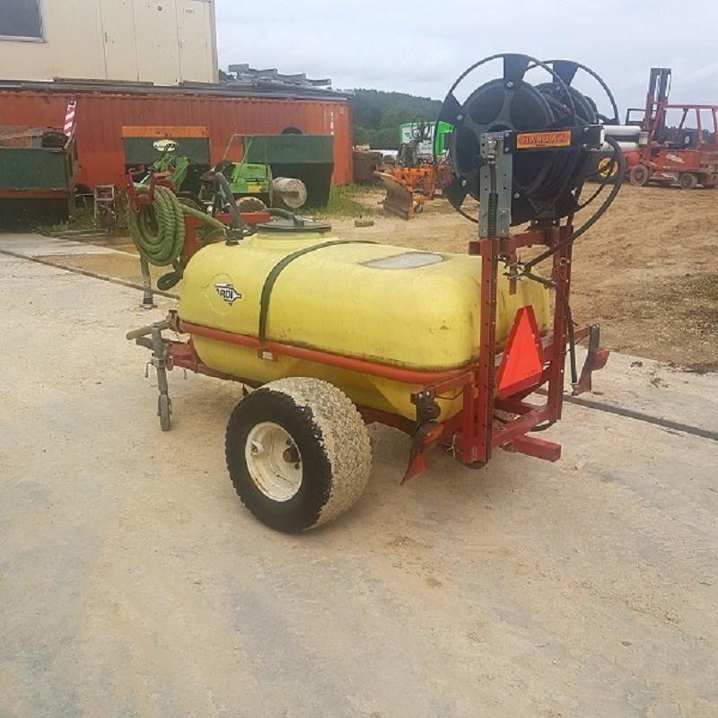 Remorque cuve pompe Hardi 800L